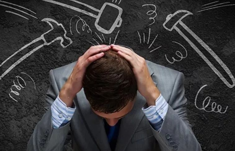 В стрессах нет ничего опасного для человека, в том случае, если человек физически здоровый.